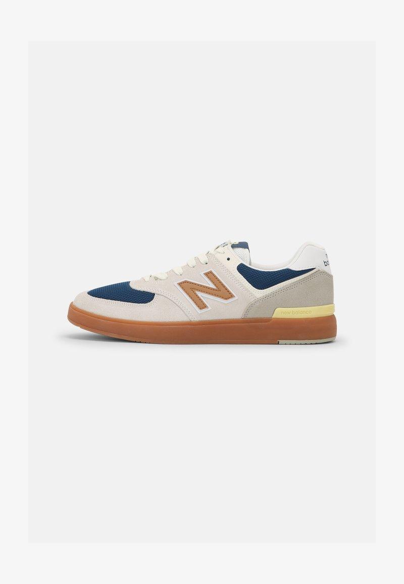 New Balance - AM574 UNISEX - Zapatillas - white/gold