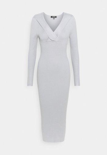 WRAP BUST MIDAXI DRESS