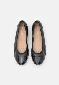 Caprice - COURT SHOE - Ballerines - black - 5