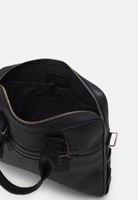 Royal RepubliQ - DIVER DAY BAG - Laptop bag - black - 2