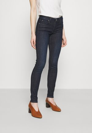SCARLETT - Slim fit jeans - clean aberdeen