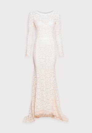 LONG LACE DRESS LOW BACK LONG SLEEVE - Robe de cocktail - soft ivory