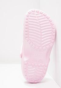 Crocs - CLASSIC - Pantofole - ballerina pink - 5