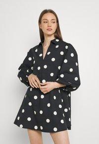 EDITED - THANYA DRESS - Day dress - bold dot/black - 0