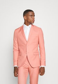 Isaac Dewhirst - THE FASHION SUIT NOTCH - Suit - coral - 2