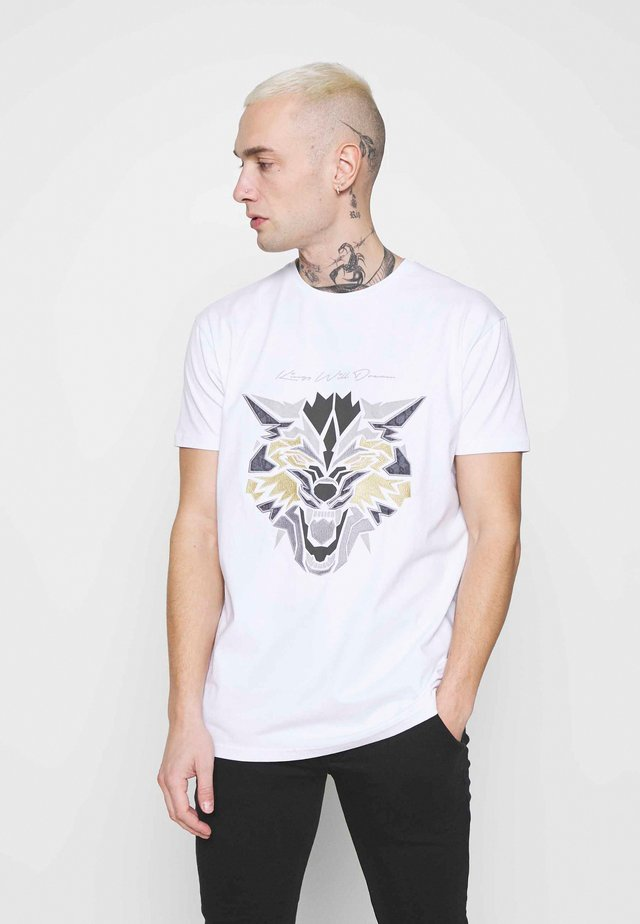 WOLF TEE - T-shirt print - white/gold