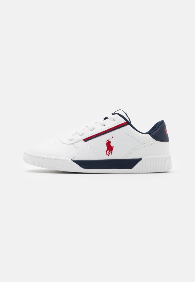 KEELIN - Baskets basses - white/navy/red
