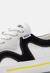 MSGM - VULC - Baskets basses - white - 5