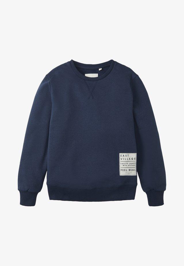 MIT PRINT-BADGE - Sweatshirt - dress blue|blue