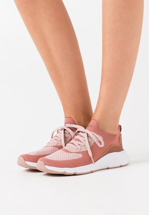 LIVERPOOL  - Trainers - blush