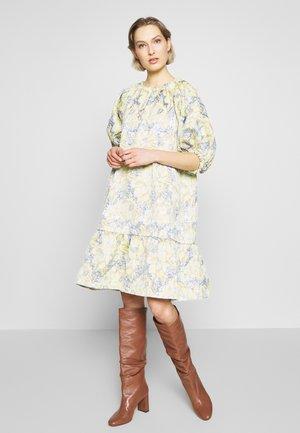MIRIELLE - Denní šaty - lemon grass