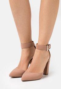 Call it Spring - CAUTA - Classic heels - beige - 0