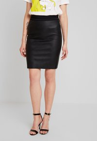 Vero Moda - VMSTORM PENCIL KNEE SKIRT - Kynähame - black - 0