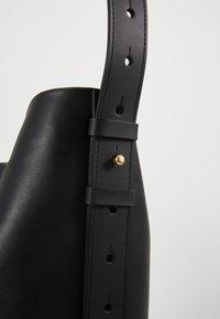 PB 0110 - Handbag - black - 4