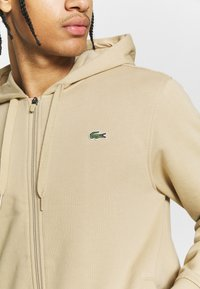 Lacoste Sport - CLASSIC HOODIE JACKET - Jersey con capucha - viennese - 5