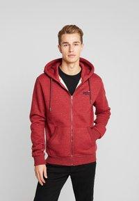 Superdry - ZIP HOOD - Sweater met rits - desert red grit - 0