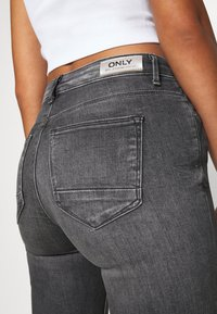 ONLY - ONLKENDELL LIFE - Jeans Skinny - medium grey denim - 4