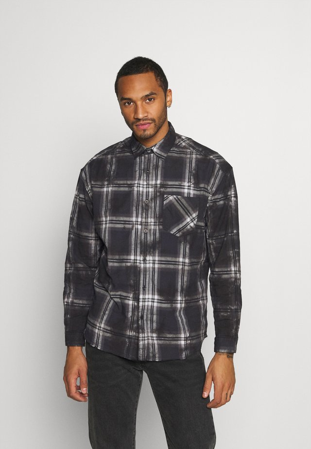 DIP DYE CHECK - Shirt - black