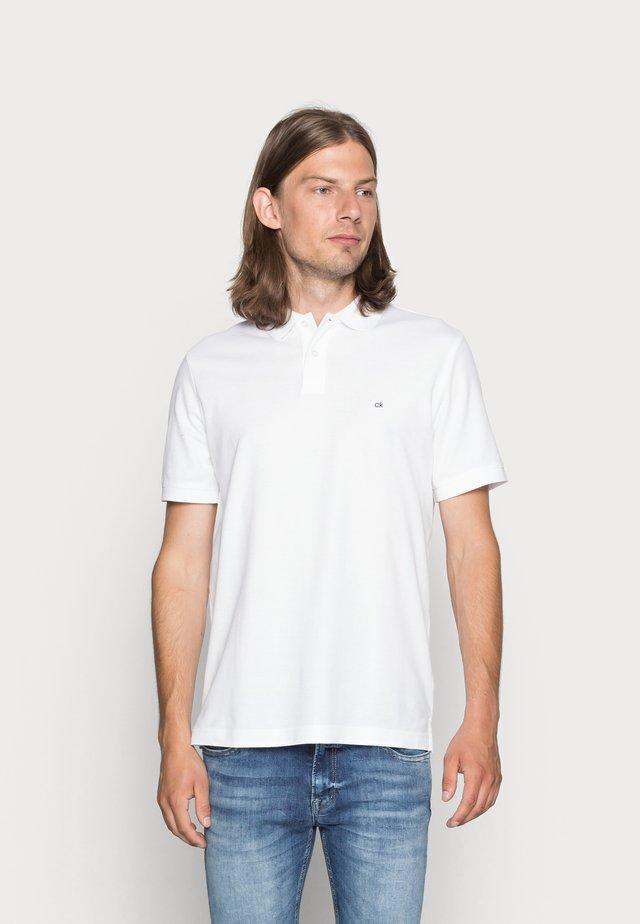 REFINED CHEST LOGO - Polo - perfect white