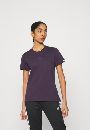 SPORTS INSPIRED SHORT SLEEVE  - Printtipaita - noble purple