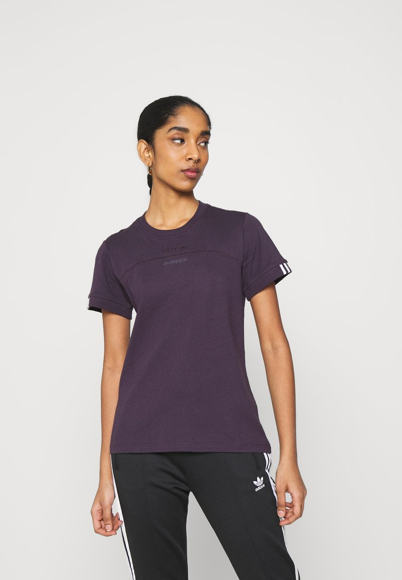 adidas Originals - SPORTS INSPIRED SHORT SLEEVE  - Print T-shirt - noble purple