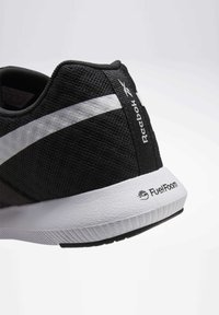 Reebok - REEBOK REAGO ESSENTIALS 2.0 SHOES - Trainings-/Fitnessschuh - black - 7