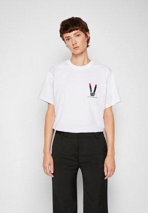 LIPSTICK - Print T-shirt - white