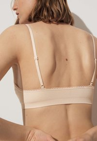 OYSHO - WITH REMOVABLE CUPS - Bustino - beige - 2