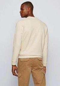 BOSS - WEEFAST - Sweatshirt - open white - 2