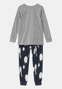 Lindex - PENGUIN UNISEX - Pyžamová sada - grey melange - 1
