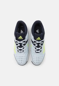 adidas Performance - COURT STABIL UNISEX - Zapatillas de balonmano - halo blue/hi res yellow/legend ink - 3