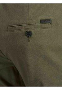Jack & Jones PREMIUM - JJICONNOR - Shorts - dusty olive - 3