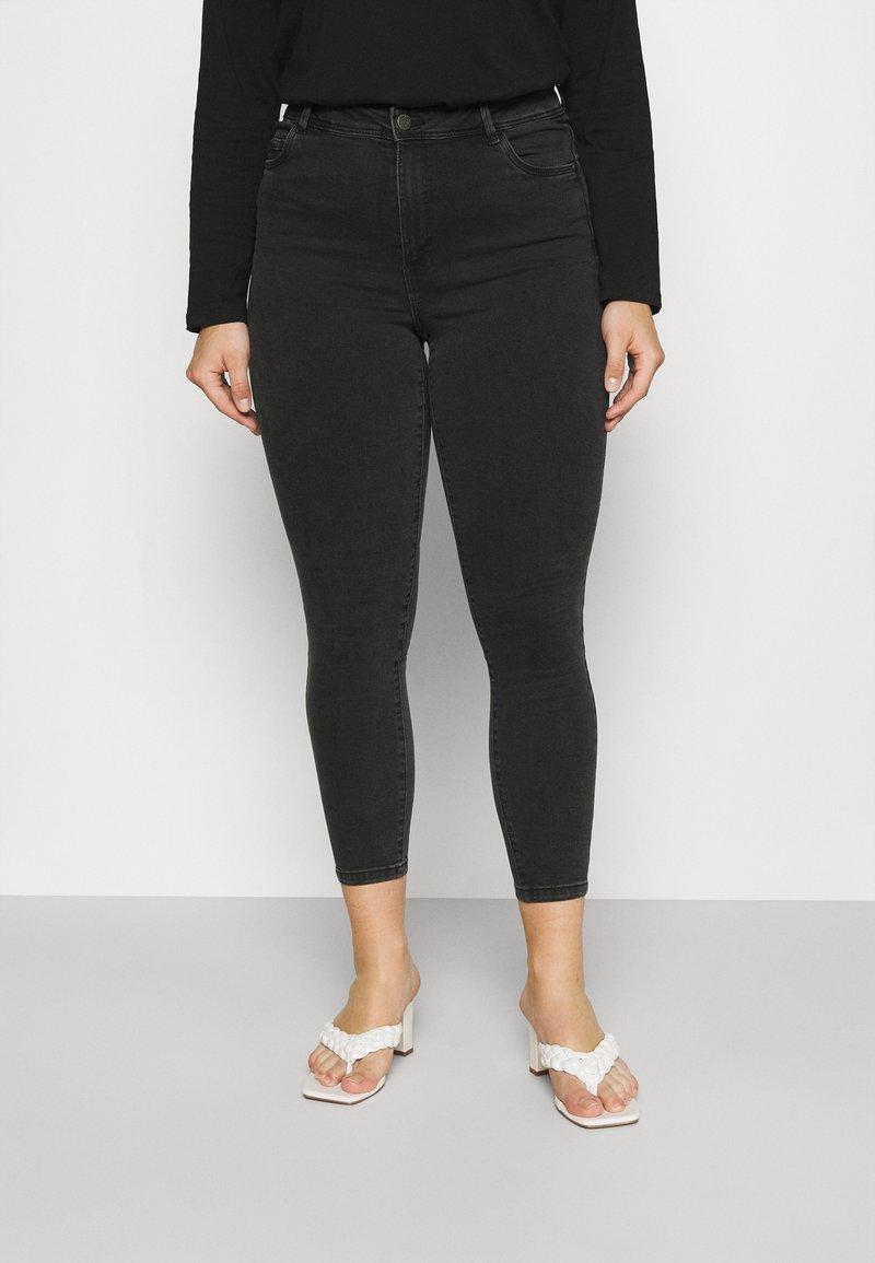 Noisy May Curve - NMAGNES SKINNY JEANS  - Jeans Skinny Fit - black denim