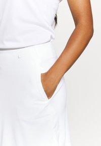 Nike Golf - DRY VICTORY SKIRT SOLID - Sportovní sukně - white - 4
