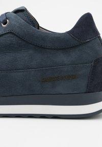 Candice Cooper - ROCK SPORT - Sneakers - navy blu - 2