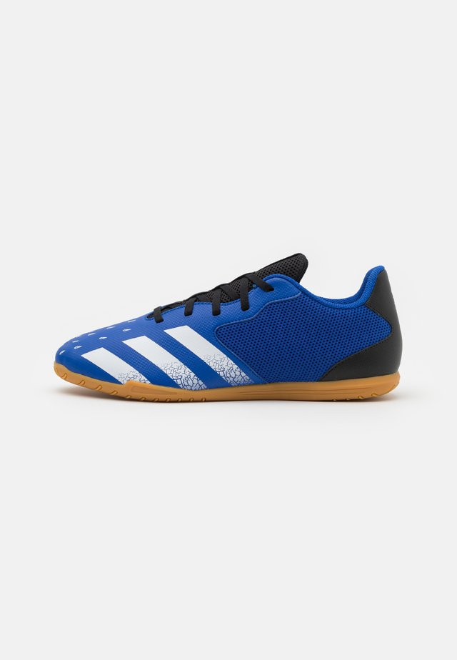 PREDATOR FREAK .4 IN SALA - Botas de fútbol sin tacos - royal blue/footwear white/core black