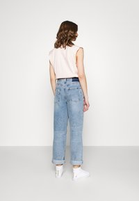 River Island - Relaxed fit jeans - mid auth - 2
