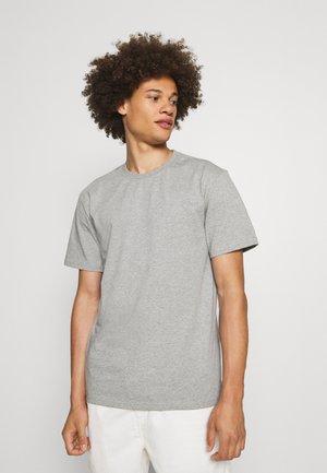 AKKIKKI - Basic T-shirt - light grey melange