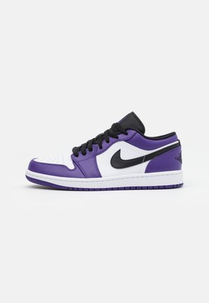 Sneaker low - court purple/black/white/hot punch