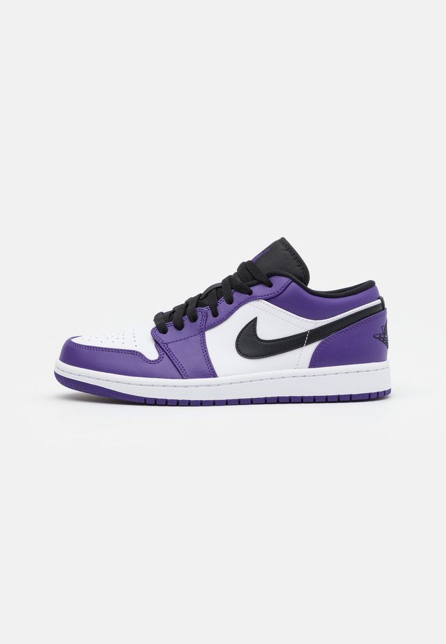 Sneakers laag - court purple/black/white/hot punch