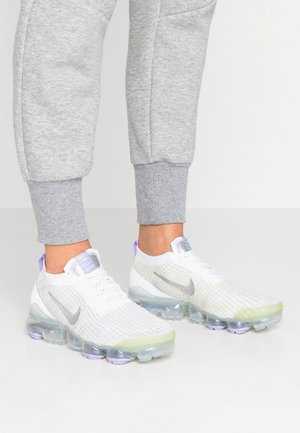 AIR VAPORMAX FLYKNIT - Sneakers - true white/barely volt/purple agate/metallic silver