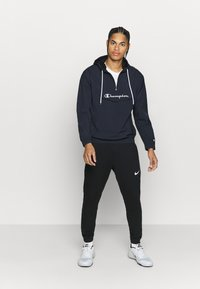 Champion - LEGACY - Windbreaker - navy - 1