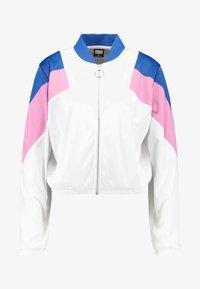 white/brightblue/coolpink