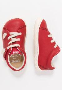 Camper - PEU CAMI - Zapatos de bebé - red - 0