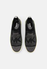 MICHAEL Michael Kors - SKYLER  - Sneakers laag - black/silver - 4