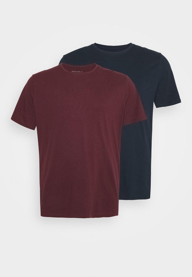 Pier One - 2 PACK  - Basic T-shirt - bordeaux/blue