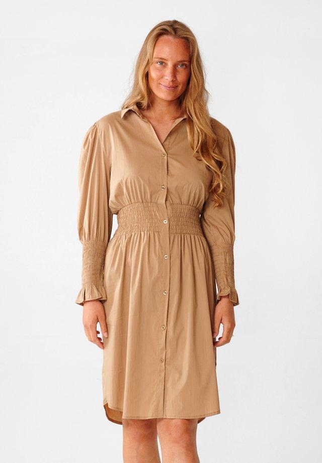 DANIELLE - Shirt dress - camel