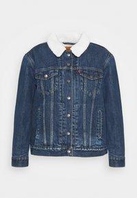 Levi's® Plus - TRUCKER - Denim jacket - blue denim - 5