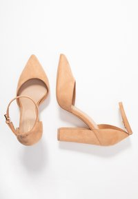 ALDO Wide Fit - NICHOLES WIDE FIT - High heels - camel - 3
