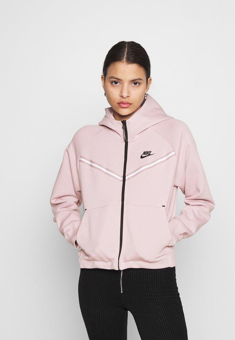 Nike Sportswear - Zip-up sweatshirt - champagne/black